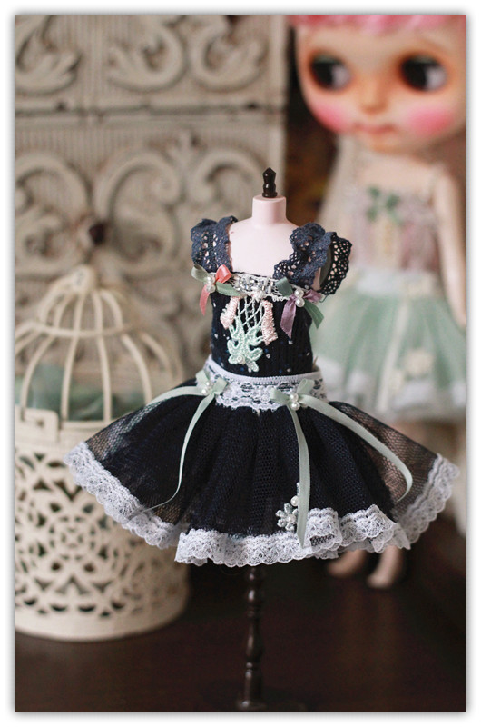 Blythe - Lace Tops and Skirts for Neo Blythe by Chilly Qi